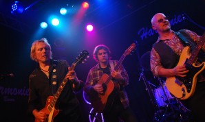 Wishbone Ash 2011 + Shawn Kellerman
